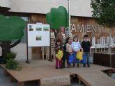 La niña Laura Fernández ganó el  concurso de collage organizado por Medio Ambiente por el Día Forestal Mundial