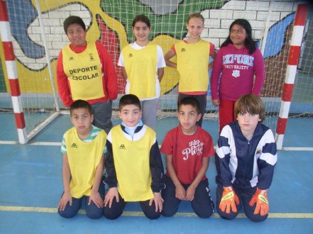 La concejalía de Deportes organizó la segunda jornada de la fase local de futbol sala alevín de Deporte Escolar - 1, Foto 1