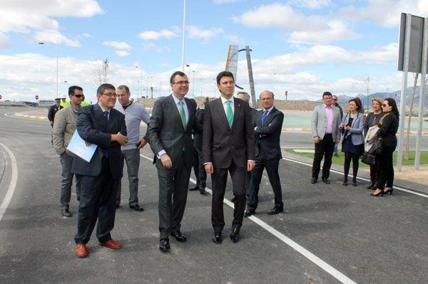 El Parque Industrial de Alhama de Murcia ha sido ampliado y ha visto mejorados sus accesos, Foto 2
