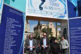 El Alcalde y la directora general de Comercio, Consumo y Artesanía inauguraron la V Feria Outlet de Santiago de la Ribera