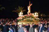 La oración y el silencio acompañan al Cristo del Mar Menor en el Vía Crucis del Miércoles Santo