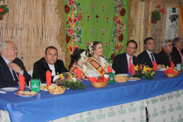 Cámara preside la inauguración de las barracas acompañado por las Reinas de la Huerta 2013 - 2, Foto 2