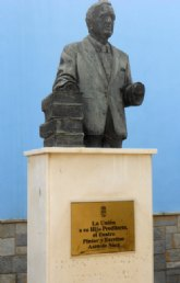 El PSOE de La Unión pide la inmediata restauración de la escultura del artista local e Hijo Predilecto Asensio Sáez