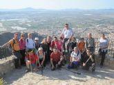 La concejalía de Deportes organizó una ruta de senderismo por el vecino municipio de Alhama de Murcia en la que participaron 18 deportistas