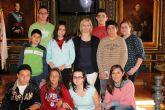 Los Alumnos del Aula abierta del I.E.S. 'Felipe II' visitan las Casas Consistoriales