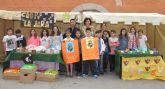 Alumnos del Colegio Público Sagrado Corazón crean cooperativas con las que venden sus productos en el Mercado Semanal