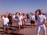 La playa de El Mojón acoge clases gratuitas de Chi Kung y Tai Chi