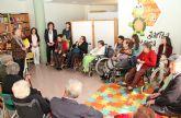 Los mayores del Centro de Día de Puerto Lumbreras participan en un recital de lectura y poesía