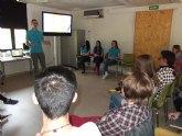 Estudiantes de Totana crean la 'Escuela de Formadores' para superar la brecha digital entre adultos y adolescentes