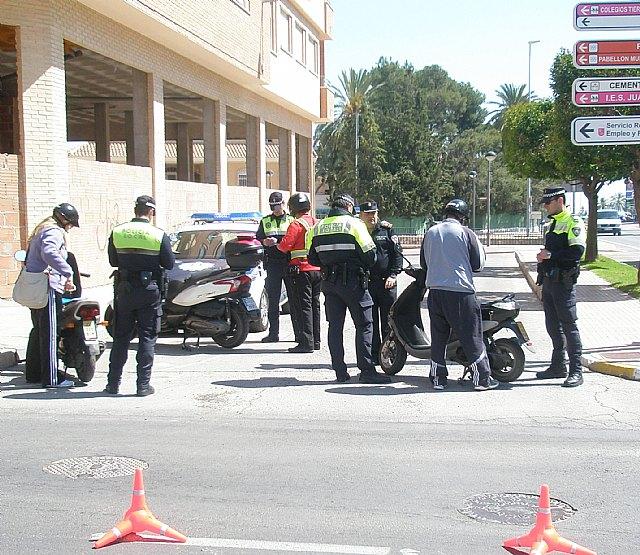 La Polic�a Local de Totana se adhiere a la nueva camapaña de la DGT de vigilancia y control de motocicletas, Foto 1