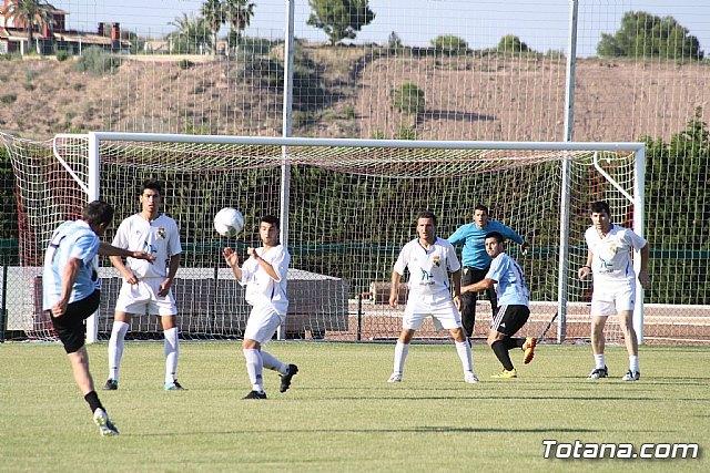 La concejalía de Deportes pone punto y final a la temporada de la liga de fútbol aficionado Juega Limpio, Foto 1