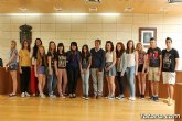 Se realiza una recepción institucional a los alumnos ingleses que están participando en un intercambio con estudiantes del IES Prado Mayor