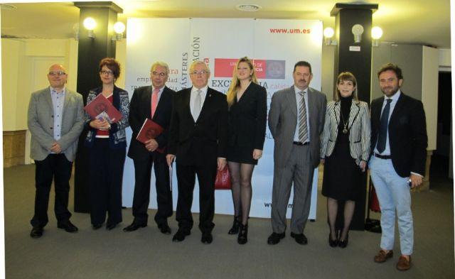 Presentado en el Rectorado la edición 2013 del Premio de Pintura de la Universidad de Murcia - 1, Foto 1