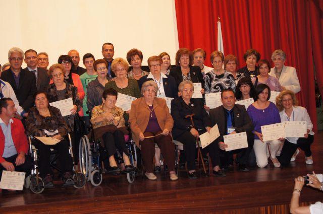 M�s de 60 voluntarios y varias empresas colaboradoras reciben un reconocimiento en el acto conmemorativo del 25 aniversario de la asociaci�n Salus Infirmorum, Foto 3
