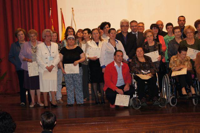 M�s de 60 voluntarios y varias empresas colaboradoras reciben un reconocimiento en el acto conmemorativo del 25 aniversario de la asociaci�n Salus Infirmorum, Foto 4