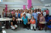 Risas y regalos de la mano de la asociación de mujeres 'Isabel González' torreña