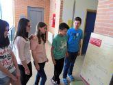 Los diputados murcianos en las Cortes de Cádiz se 'pasean' por el IES n° 2 torreño