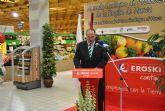 El concejal de Comercio Pedro López asistió a la inauguración de un mercado ecológico promovido por el INFO, en Eroski