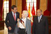 El Alcalde se sumó a los vecinos de Murcia en su homenaje a Adolfo López, uno de los promotores del movimiento ciudadano del municipio