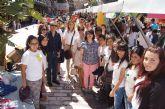 Los alumnos del Colegio Reina Sofía y el IES Prado Mayor promocionan los productos de sus jóvenes empresas en el Minimarket organizado en Murcia