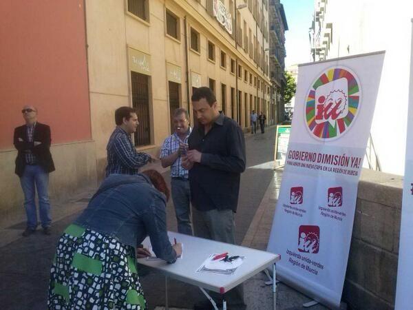 IU-Verdes impulsa la campaña #AValcárcelLeDiría para llevar la voz de la calle a la Asamblea - 1, Foto 1