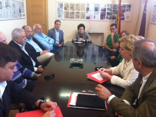El PSOE pide al Gobierno regional que impulse la industria yeclana y la ayude a diversificarse - 2, Foto 2