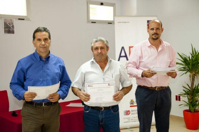 El taller ocupacional de pladur y electricidad de la ADLE da formación a doce desempleados - 1, Foto 1