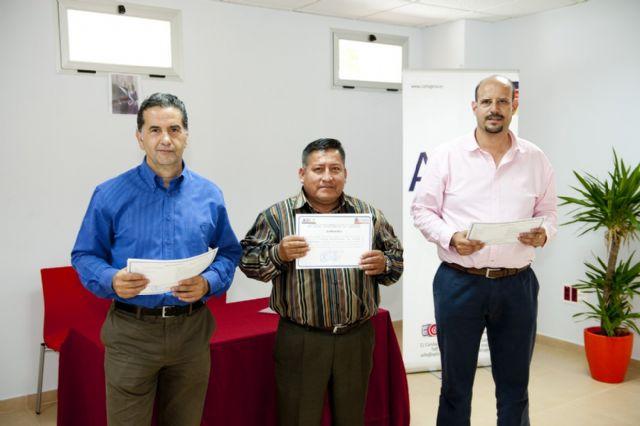 El taller ocupacional de pladur y electricidad de la ADLE da formación a doce desempleados - 2, Foto 2