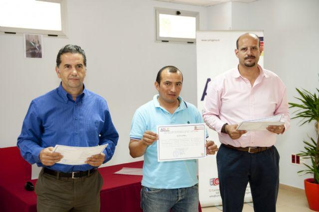 El taller ocupacional de pladur y electricidad de la ADLE da formación a doce desempleados - 4, Foto 4