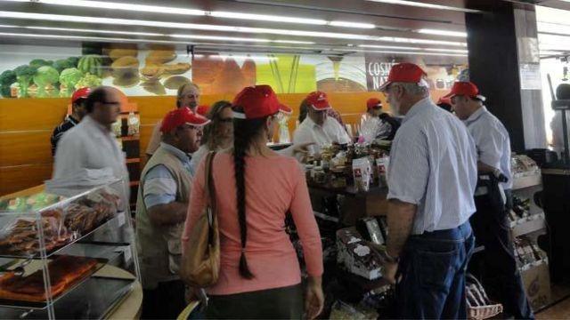 Visitan COATO los participantes en un Congreso Internacional sobre Almendra, Foto 2