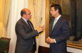 El Ministro de Industria, Energía y Turismo recibe al Alcalde tras obtener el certificado de la European Energy Award que avala a Puerto Lumbreras como 'Municipio Sostenible'