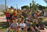 Los escolares descubren las plantas autóctonas