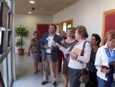 Medio Ambiente lleva la exposición 'Bajo el mismo sol' a la biblioteca de San Javier