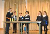Alumnos de 2° de Primaria del colegio 'Virgen de Loreto' presentaron un trabajo sobre la Ley de Hooke en el 4° Encuentro Científico CSIC-BBVA