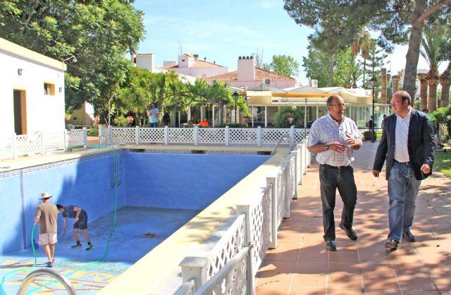 Adecuación de la piscina y zonas exteriores del Parador de Turismo para prestar servicios municipales durante los meses de verano - 2, Foto 2