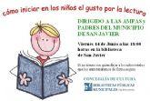 Bibliotecarios municipales explican a los padres cómo iniciar a los niños en la lectura