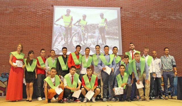 El IES Rambla de Nogalte celebra la graduación de más de un centenar de alumnos de Bachillerato y Ciclos Formativos - 1, Foto 1