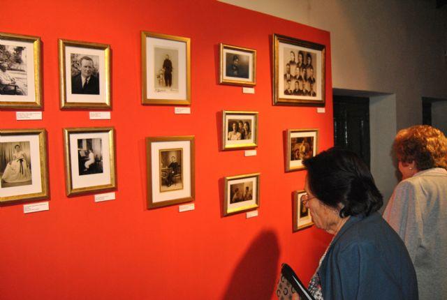 El Álbum familiar de San Javier llega en forma de exposición a Santiago de la Ribera - 1, Foto 1