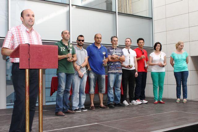 Los equipos vencedores de la fase municipal de deporte escolar reciben sus trofeos, Foto 3