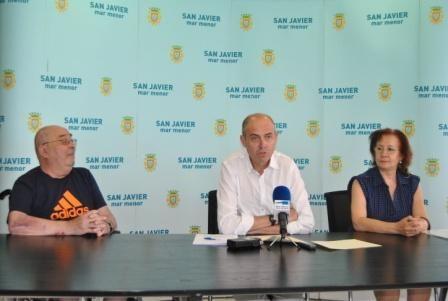 El Ayuntamiento firma un convenio con la asociación Amigos del Belén - 1, Foto 1