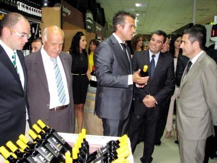 Alarte elogió la apuesta  inversora y de generación de riqueza en tiempos de crisis, durante la inauguración de un nuevo supermercado en San Javier - 1, Foto 1