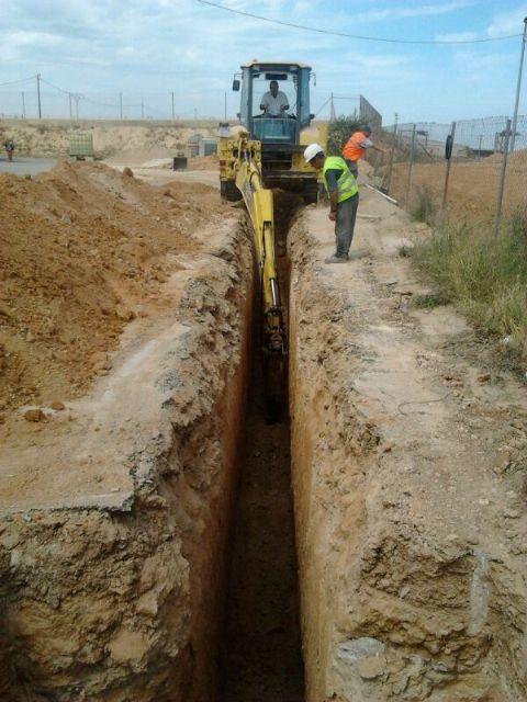 El Ayuntamiento invierte 165.000 euros para dotar de saneamiento la zona de Las Casas del Guardia - 2, Foto 2