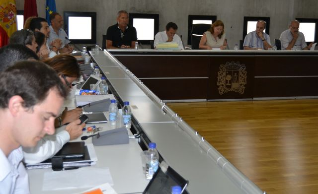 El Pleno aprueba una nueva ordenanza sobre recogida de residuos domésticos y limpieza viaria - 1, Foto 1
