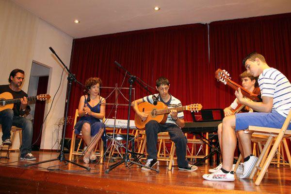 Más de cuarenta alumnos de Alhama y de otras localidades de la región han asistido al Curso Intensivo de Música ofertado por la Escuela Municipal de Música, Foto 1