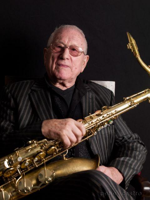 Unanimidad en los premios al saxofonista Pedro Iturralde y al actor y director José María Pou en los festivales de Jazz, y de Teatro, Música y Danza de San Javier - 2, Foto 2