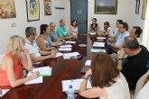 El Ayuntamiento de Alhama crea la Comisi�n Municipal de Absentismo y Abandono Escolar en busca de la erradicaci�n del problema