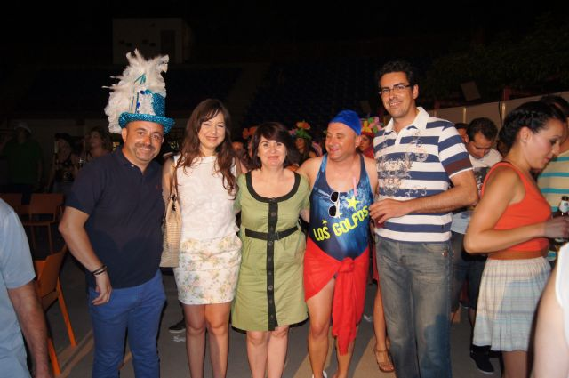 La Federación de Peñas del Carnaval organizó la Fiesta del Sombrero en la que se dieron cita más de doscientas personas - 2, Foto 2