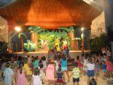 Cerca de 600 personas asisten al espectáculo infantil 'El Show de la Pandilla de Drilo'