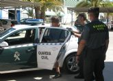 La Guardia Civil detiene al presunto autor de más de una docena de robos en viviendas vacacionales de Santiago de la Ribera