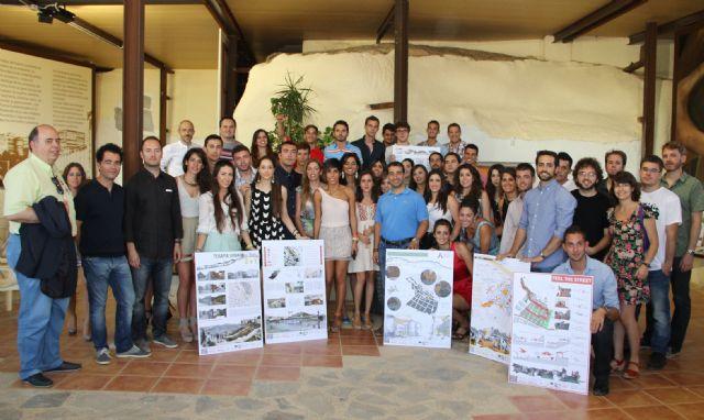 40 alumnos de la Escuela de Arquitectura de la UCAM crean propuestas para la revitalización del casco antiguo de Puerto Lumbreras - 1, Foto 1